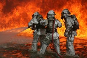 firefighter-593728_1280